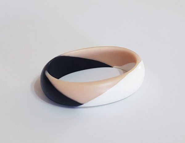 Tricolor Wide Oval Bangle